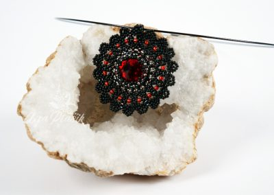 Koronkowa Czarna Mandala